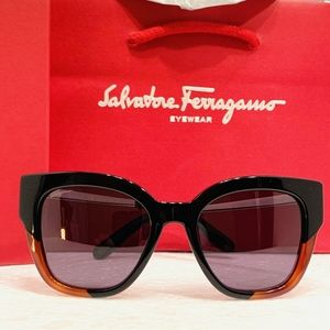 Salvatore Ferragamo Sunglasses Style SF856S